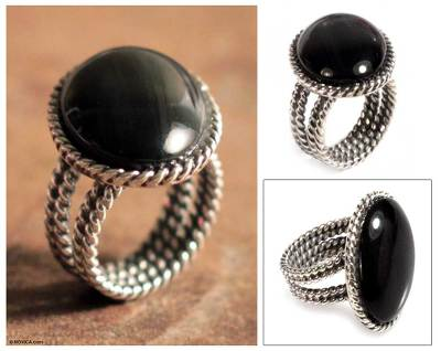Onyx cocktail ring, 'Goth Chic' - Hand Crafted Onyx and Sterling Silver Cocktail Ring