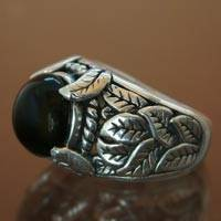 Onyx dome ring, 'Spring' - Onyx dome ring