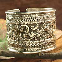 Sterling silver cuff bracelet, 'Wild Blossoms' - Sterling silver cuff bracelet
