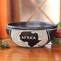 Wood decorative bowl, 'African Beauty' - Wood decorative bowl