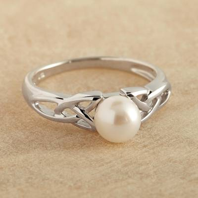 Cultured pearl cocktail ring, Celtic Tradition