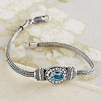 Blue topaz pendant bracelet, 'Flores' - Flores Blue Topaz Bracelet