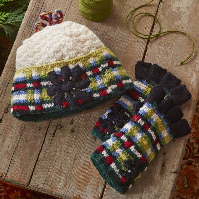 Fingerless wool gloves, 'Kathmandu Valley' - Katmandu Valley Fingerless Gloves