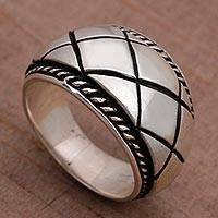 Sterling silver band ring, 'Queen Weave' - Artisan Crafted Sterling Silver Women's Band Ring from Bali