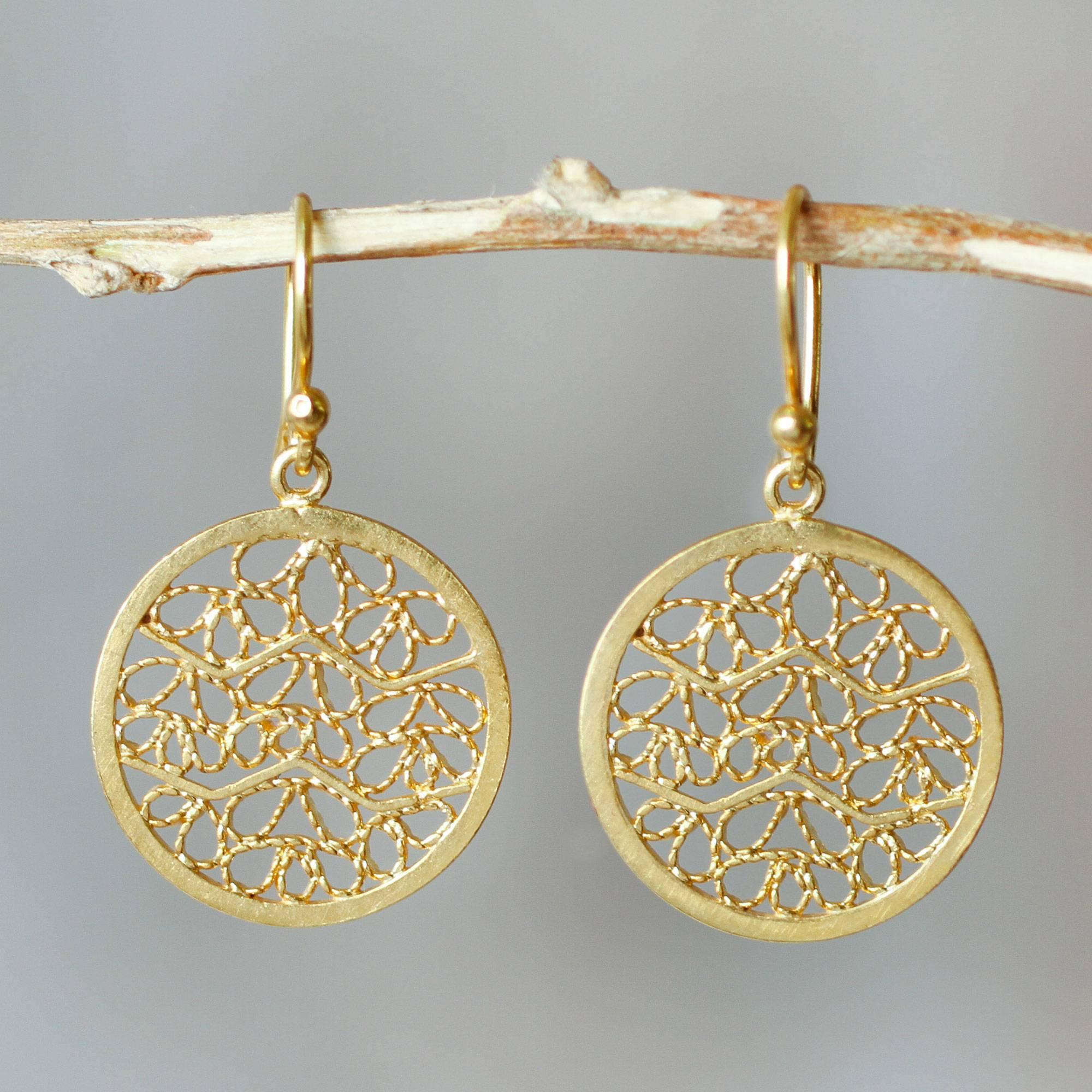 scott ellie earrings gold mullen yellow filigree lg jewelers products kendra