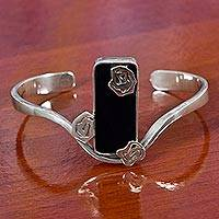Onyx flower cuff bracelet, 'Roses from Rio' - Floral Jewelry Sterling Silver and Black Agate Cuff Bracelet
