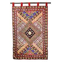 Cotton applique wall hanging, 'Diamond Glamour' - Handcrafted Cotton Applique Wall Hanging from India