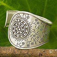 Silver cuff bracelet, 'Blossoming Daisies' - Artisan Crafted Silver Cuff Bracelet with a Floral Motif