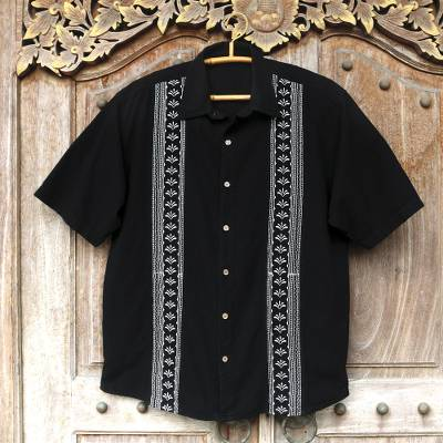 Men's cotton shirt, 'Peruvian Contrast' - Peruvian Embroidered Guayabera Style Men's Shirt
