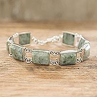 Jade link bracelet, 'Maya Treasure' - Hand Crafted Sterling Silver Link Jade Bracelet