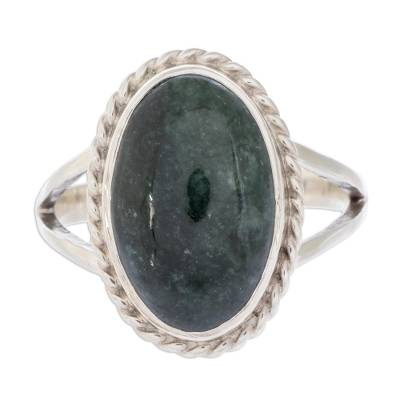 Jade cocktail ring, 'Eternal Love' - Sterling Silver Single Stone Jade Ring