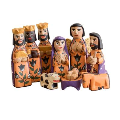 Pinewood nativity scene, 'Angelical' (set of 10) - Hand Crafted Nativity Scene Wood Sculpture (Set of 10)
