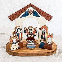 Pinewood nativity scene, 'Holy Family' - Pinewood nativity scene