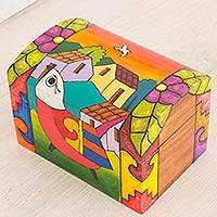 Pinewood box, 'El Salvador Dawn' - Artisan Crafted Wood Bird Decorative Box