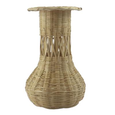Reed basket, 'Natural Beauty' - Reed basket