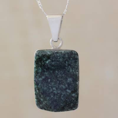 Jade pendant necklace, 'Maya Empress' - Sterling Silver Pendant Jade Necklace