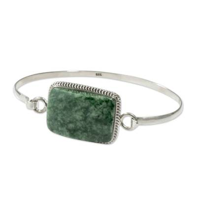 Jade bangle bracelet, 'Mixco Modern' - Jade bangle bracelet