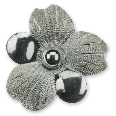 Sterling silver flower choker