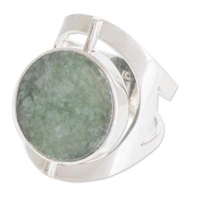 Reversible jade cocktail ring, 'Dual Spirit' - Handmade Modern Reversible Jade Cocktail Ring