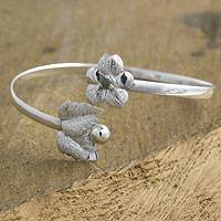 Jade flower bracelet, 'Coban Bloom' - Jade flower bracelet