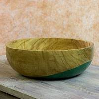 Wood bowl, 'Spicy Green' (large) - Dip Painted Hand Carved Wood Bowl (large)