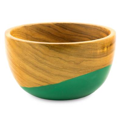 Wood bowl, 'Spicy Green' (small) - Dip Painted Hand Carved Wood Bowl (Small)