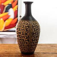 Ceramic decorative vase, 'Love for Nature' - Handcrafted Nicaraguan Terracotta Decorative Vase