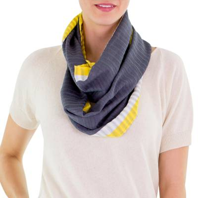 Cotton infinity scarf, 'Silver Comalapa Breeze' - Gray Yellow Handcrafted Cotton Infinity Scarf