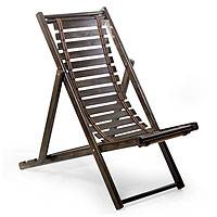 Wood folding chair, 'Relax' (small) - Laurel Wood Adjustable Folding Lounge Chair (small)