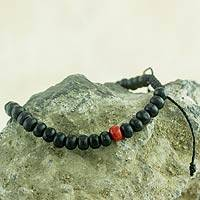 Beaded bracelet, 'Midnight Passion' - Black and Red Beaded Wood Drawstring Bracelet