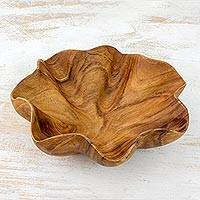 Wood serving bowl, 'Lettuce Leaf' - Guatemala Hand Carved Fluted Wood Serving Bowl