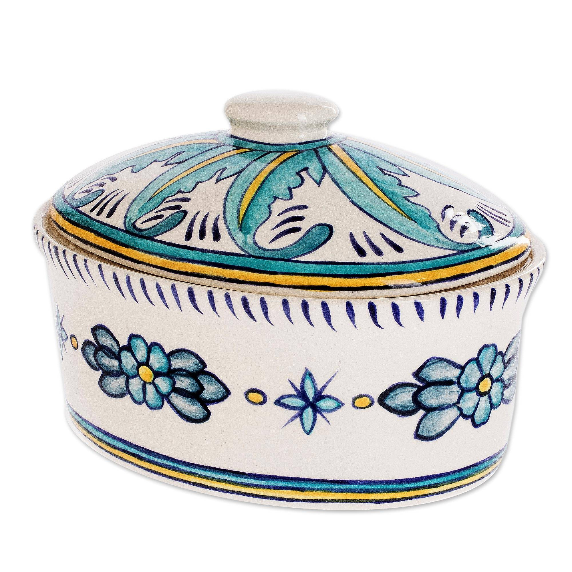 UNICEF Market | Ceramic Handcrafted Oven-Safe Oval Casserole Dish and Lid -  Quehueche