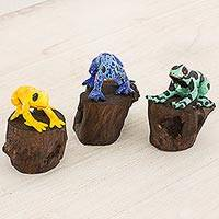 Ceramic sculptures, 'Frogs of Tikal' (set of 3) - 3 Petite Artisan Crafted Ceramic Frog Sculptures