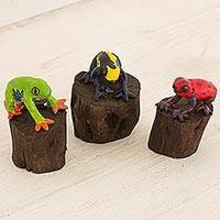 Ceramic sculptures, 'Frogs of Peten' (set of 3) - Three Ceramic Handcrafted Frog Sculptures 2 Inches Tall