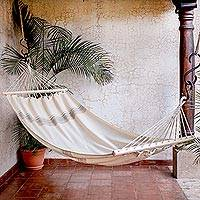 Cotton hammock, 'Fresh Breeze' (single) - Striped Ivory Cotton Hammock from El Salvador (Single)