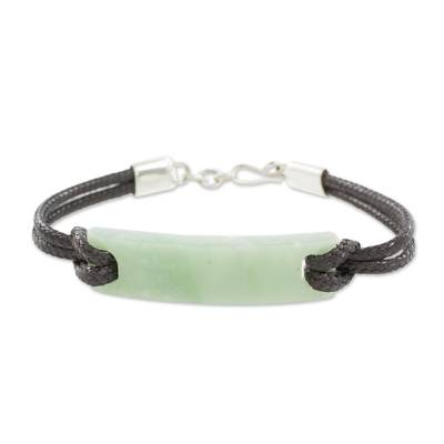 Jade pendant bracelet, 'Monolith in Light Green' - Simple Jade Pendant Bracelet in Light Green from Guatemala