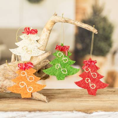 Natural fiber Christmas ornaments, 'Merry Trees' (set of 4) - Handcrafted Natural Fiber Holiday Tree Ornaments (Set of 4)