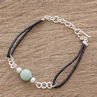 Jade pendant bracelet, 'Solo Journey in Light Green' - Light Apple Green Jade and Sterling Silver Pendant Bracelet