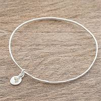 Fine silver and cultured pearl bangle bracelet, 'Hammered Ring' - Guatemalan Fine Silver and Cultured Pearl Bangle Bracelet