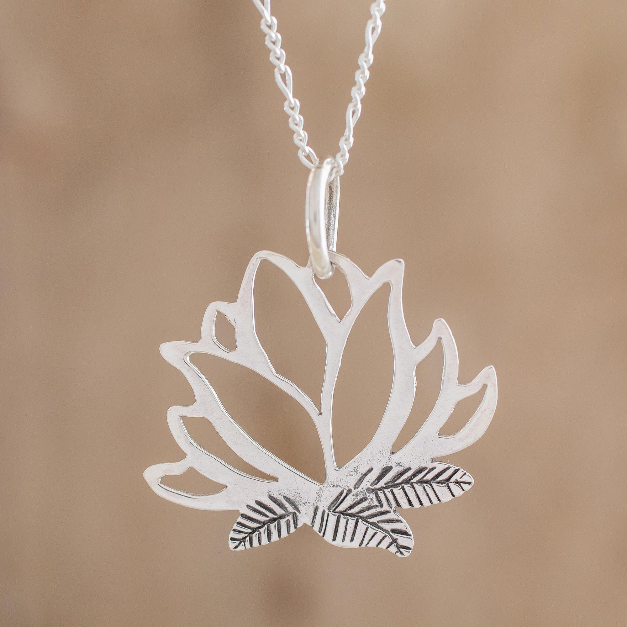 Beautiful Artist Lotus Flower Glass Pendant Handmade Art Necklace Silver Gift Present