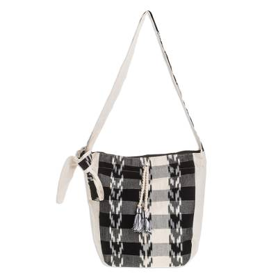 Handwoven Cotton Bucket Bag in Black and Ivory