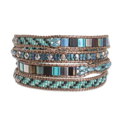 Glass Beaded Wristband Bracelet in Turquoise from Guatemala