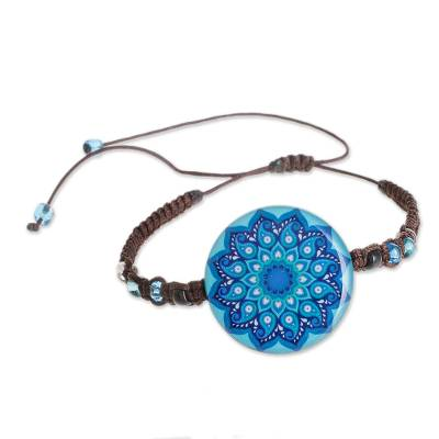 Glass Beaded Macrame Pendant Bracelet in Blue