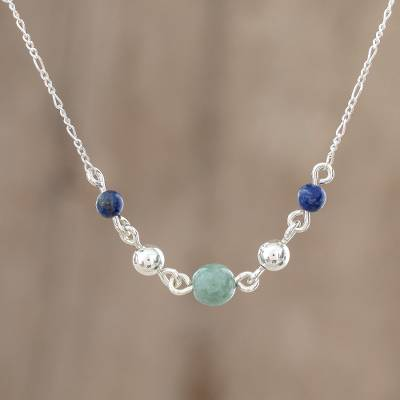 Jade and lapis lazuli pendant necklace, Subtle Combination