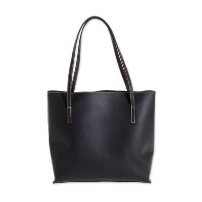Bonded Leather Shoulder Bag in Solid Black from El Salvador