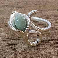 Jade cocktail ring, 'Mixco Lily in Light Green' - Light Green Jade Calla Lily Motif Ring