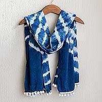 Tie-dyed cotton scarf, 'Infinite Indigo' - Indigo and White Tie-Dyed Scarf