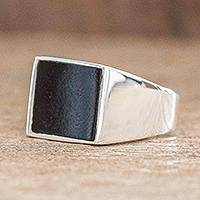 Men's jade signet ring, 'Precious Stone' - Black Jade Sterling Silver Men's Signet Ring