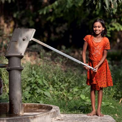 Hand pump - Water pump for a school or community