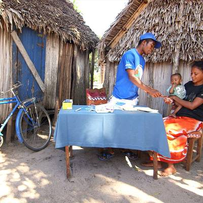 Malaria-busting kit on wheels - Malaria-busting kit on wheels